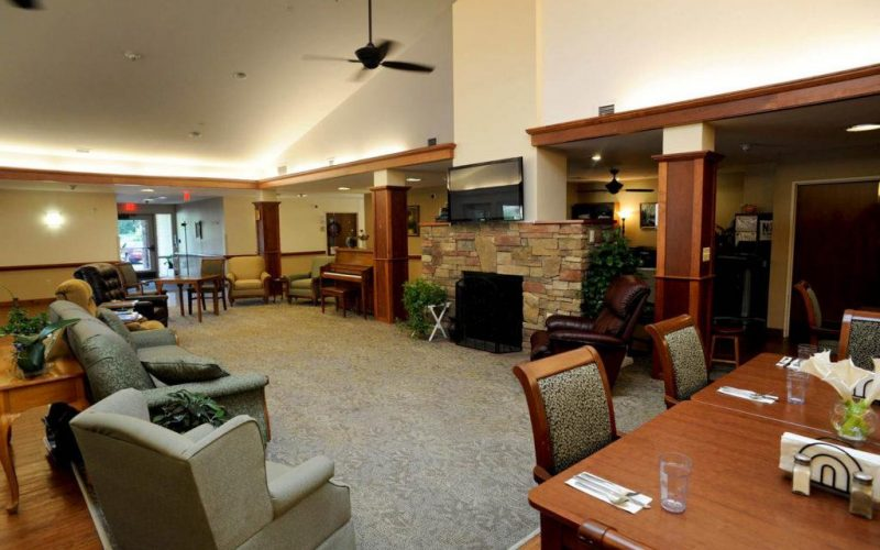 Memory Assisted Living at Uplands Village in Pleasant Hill, TN 6