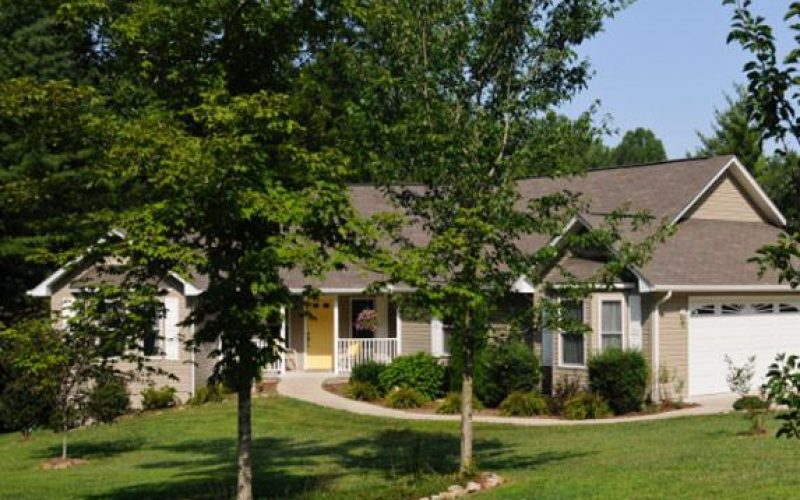 Memory Assisted Living at Uplands Village in Pleasant Hill, TN 8